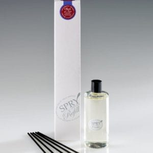 Shade Of Noir Enigmatic Musks Hanging Diffuser Reeds (100 ml)-0