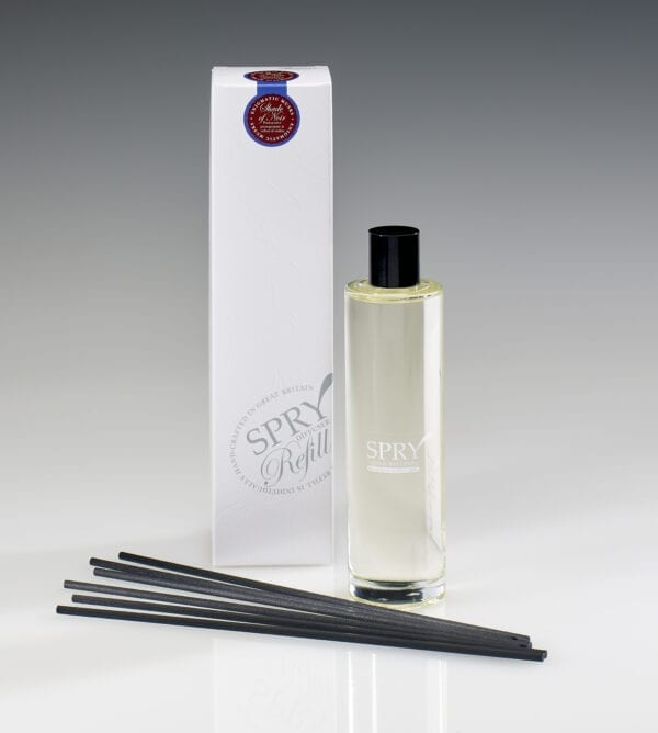 Spry Candles - 225ml Reed Refill Shade of Noir