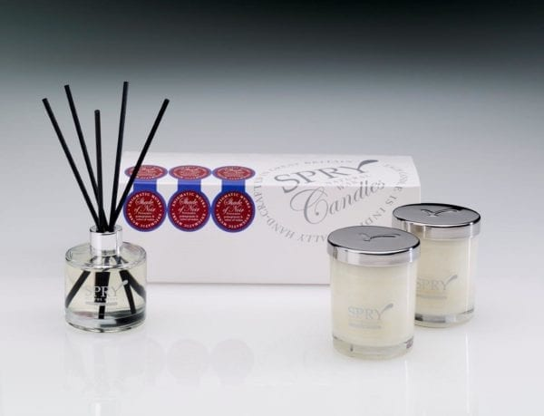 Shade Of Noir Enigmatic Musks Gift Set - Duo Candle & 50ml Clear Diffuser-0